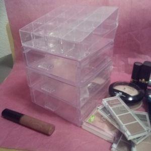 4 pc cosmetics organizer